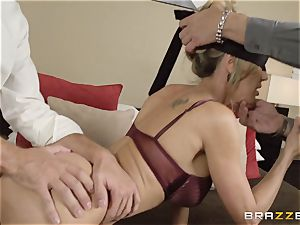The hubby of Brandi enjoy lets her bang a different boy