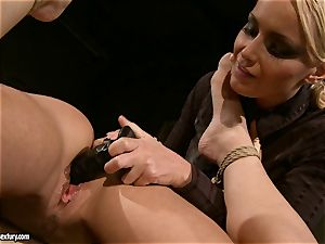 Kathia Nobili like to pinched down her gimp with dildo