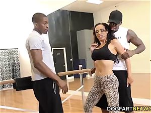 Nikki Benz likes anal invasion with big black cock - cheating Sessions