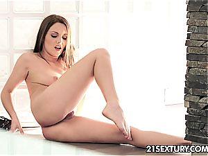 luxurious Dominica fingers her vulva till she blows a load