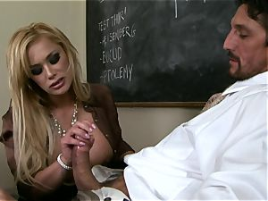 spears throating Shyla Stylez crunches a ginormous thick stiff chisel with elation