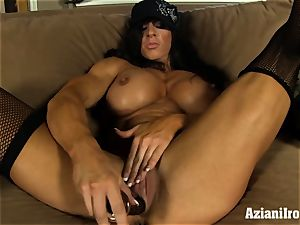 Muscle roped cougar uses her glass faux-cock till she pops