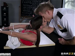 Policeman penalizes insatiable college girl on the table