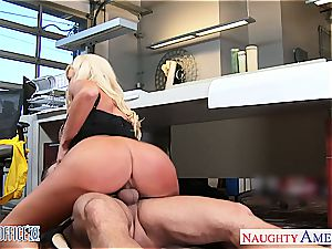 Summer Brielle at the office down for a excellent fucky-fucky