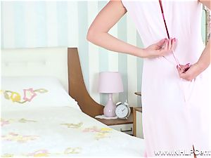 torrid mummy unclothes and wanks herself off in vintage nylons