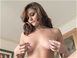 sugary-sweet Ariana Marie softcore solo getting off