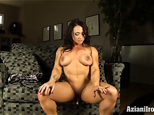 spectacular fitness model cooch pumps her clit till its ginormous