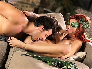 forest lady Aidra Fox puts partying on hold for her boy