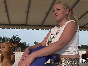 huge-boobed teenager Malina May toying outdoor