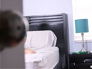 Gina Valentina caught messing with her cooch crevice and then wedged with rod