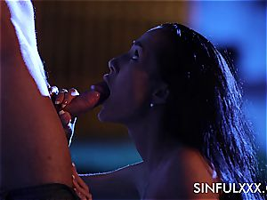 spunky outdoors tryst for a duo that luvs to sneak out