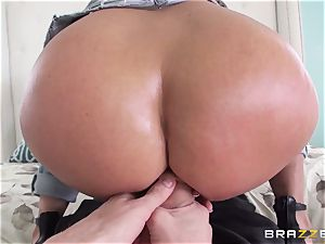Rear end fuckfest for super-steamy brown-haired Holly Halston