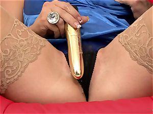 Nicky Angel have fun dildo with her gf