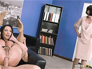 booty tearing up milf Ariella Ferrera in the office