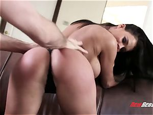 My magnificent huge-titted wife Peta Jensen needs a daily screw