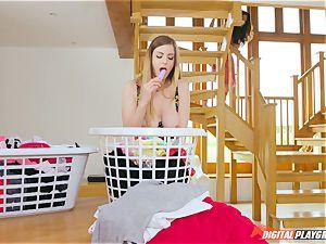 poon rubbin' super-cute Eva Lovia and Stella Cox messing in the laundry