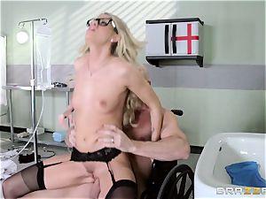 super-steamy physician Jessa Rhodes checks out this big spear