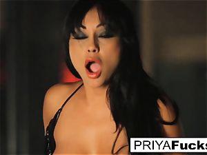 big-boobed Priya Rai rides the sybian at the undress club