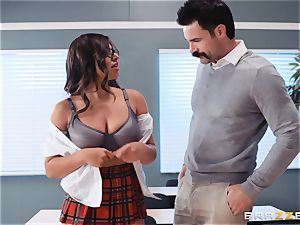 inserting that huge sausage into Ella Knox in class